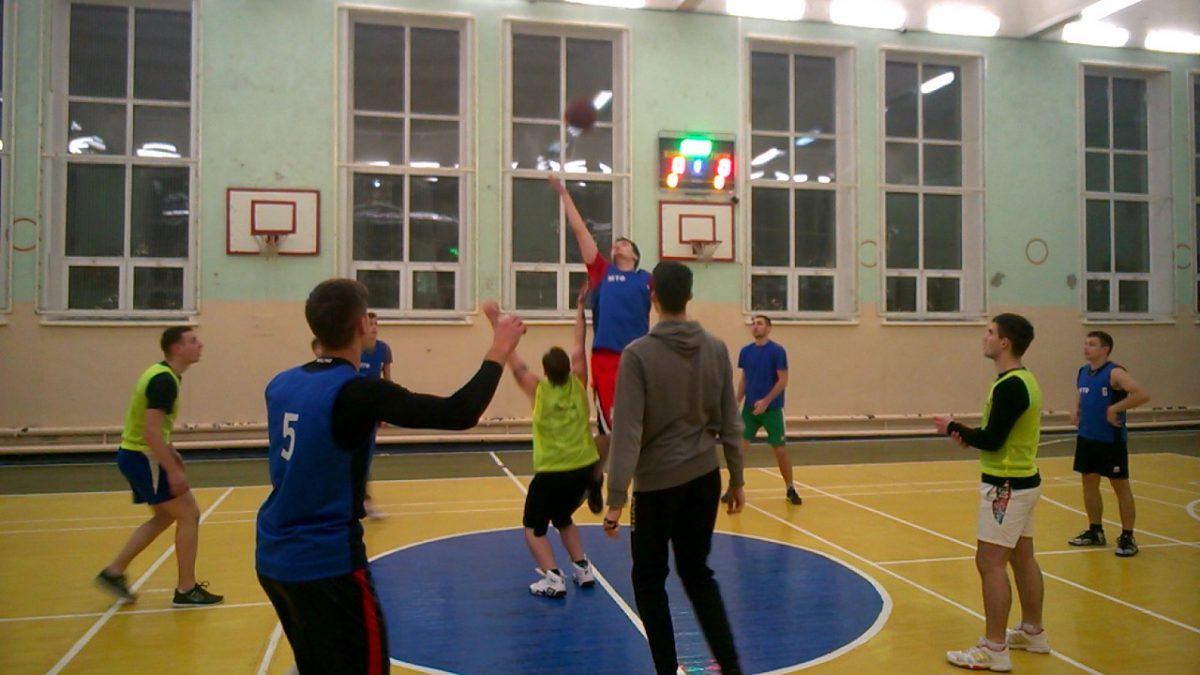 Баскетбол между факультетами 2018 (мужские команды)