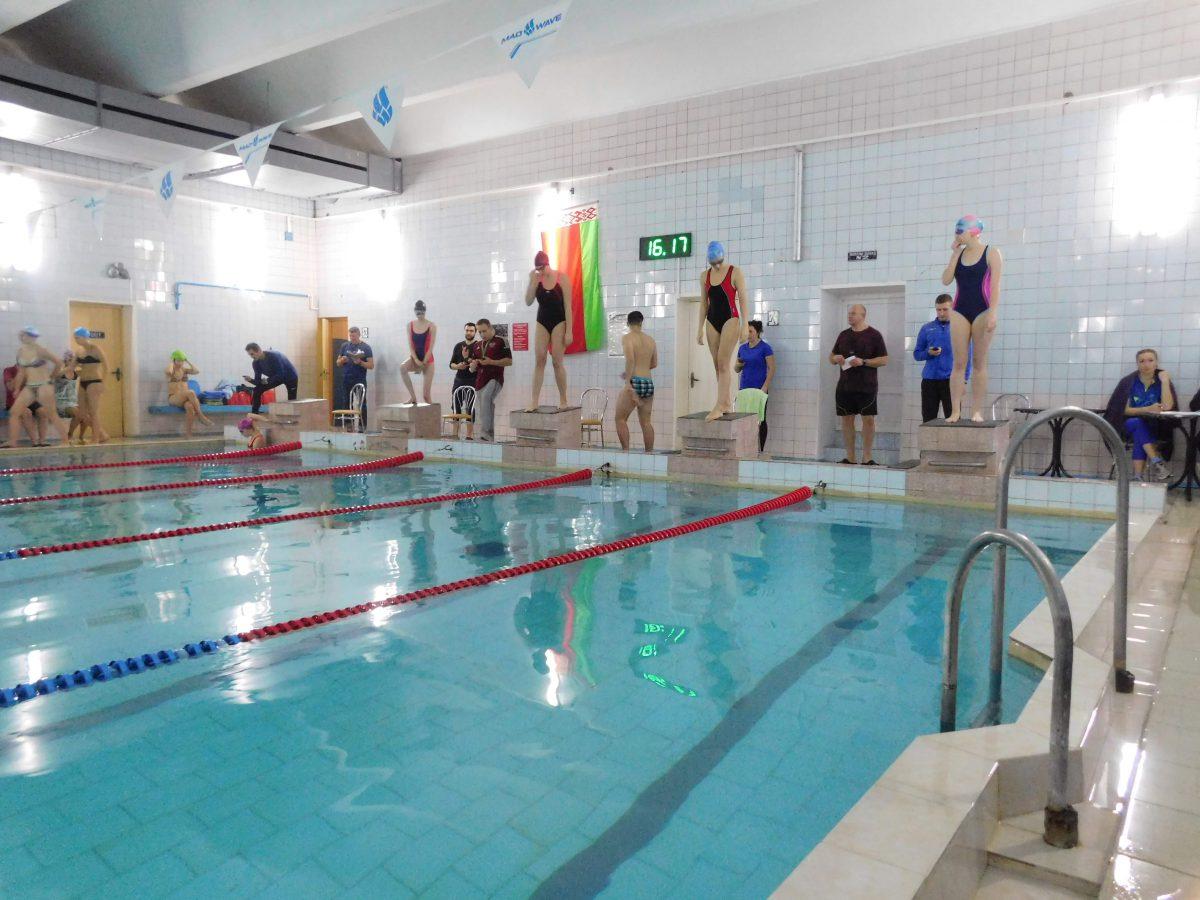 Плавание среди факультетов 2018