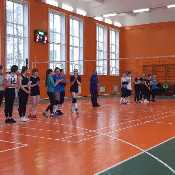 Соревнования по волейболу среди факультетов